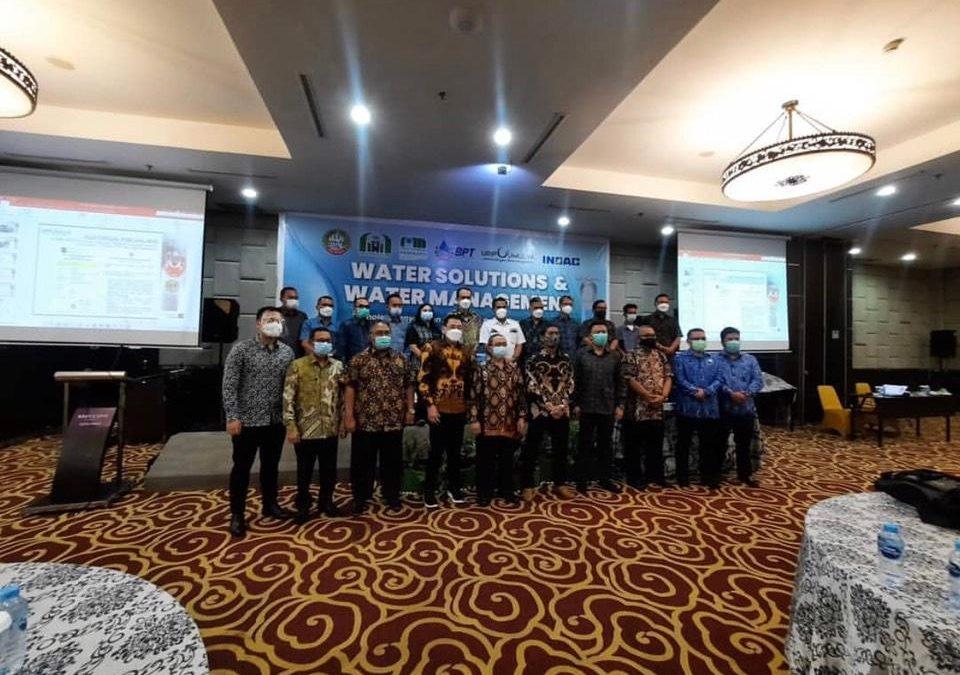 Direktur Perumda Air Minum Tirta Senentang Kabupaten Sintang, Menghadiri Workshop Water Solutions dan Water Management