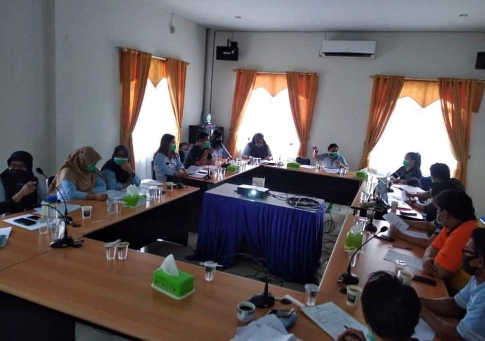 Rapat Pertemuan Perumda Air Minum Tirta Senentang Kabupaten Sintang dengan Tim Pejabat Pengelola Informasi dan Dokumentasi