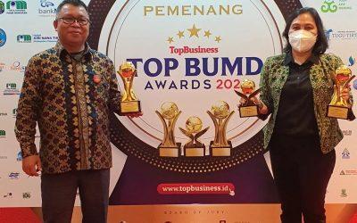 Bupati Sintang Raih Penghargaan Sebagai Top Pembina BUMD 2021